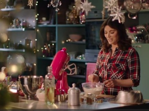 People are absolutely loving Nigella Lawson's bundts