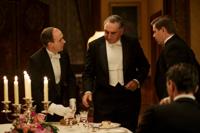 EMBARGOED UNTIL 8th December 2015 Downton Abbey | Christmas Final Episode 2015 We return to the sumptuous setting of Downton Abbey for the finale of this internationally acclaimed hit drama series. As our time with the Crawleys draws to a close, we see what becomes of them all. The family and the servants, who work for them, remain inseparably interlinked as they face new challenges and begin forging different paths in a rapidly changing world. Photographer: Nick Briggs KEVIN DOYLE as Molesley, JIM CARTER as Carson, ALLEN LEECH as Tom Branson