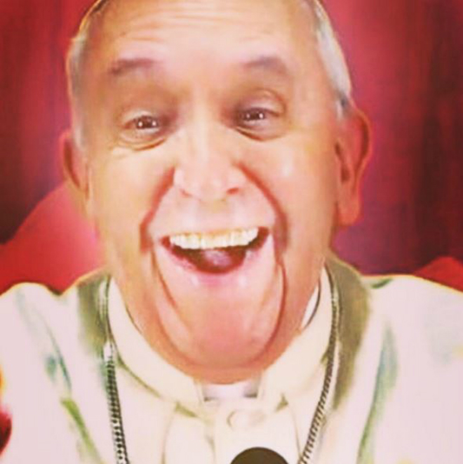 Sorry everyone – that Pope Francis 'selfie' is a massive fake