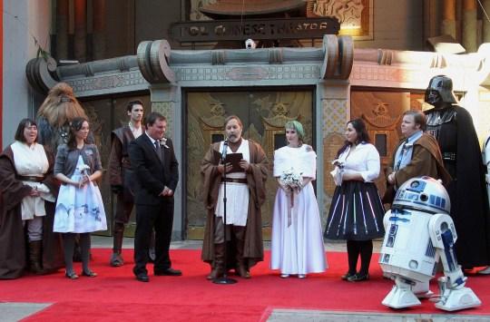 Star Wars Wedding.Bride And Groom Married By Obi Wan Kenobi In Epic Star Wars