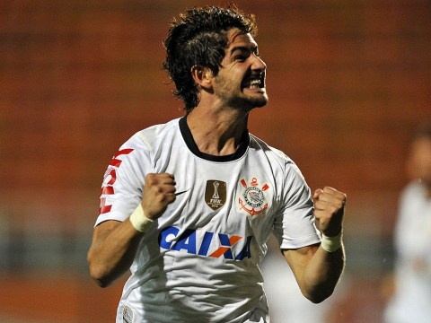 Alexandre Pato's agent flies to England to finalise Chelsea transfer – report
