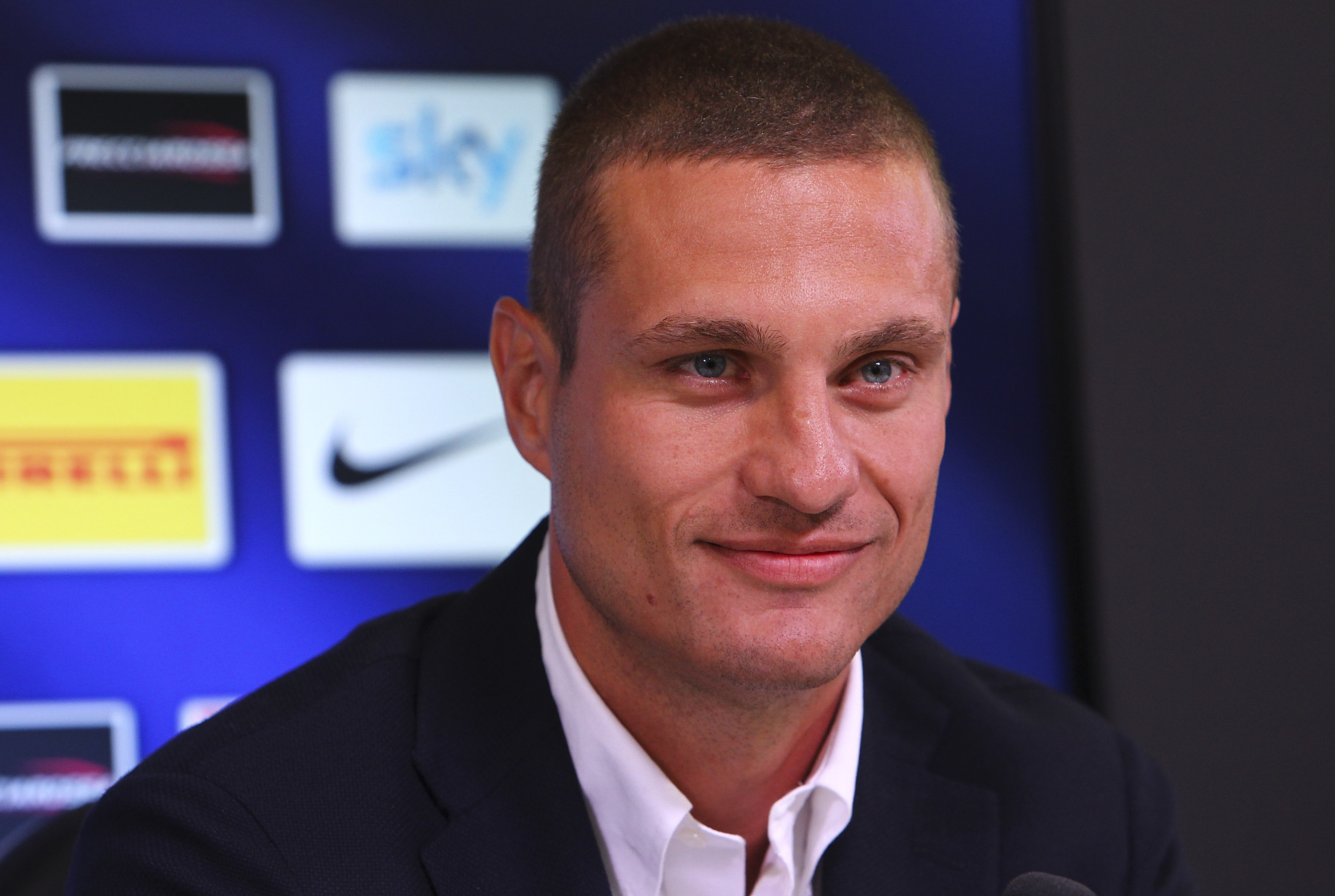 Liverpool fans call for the club to sign former Man United captain Nemanja Vidic