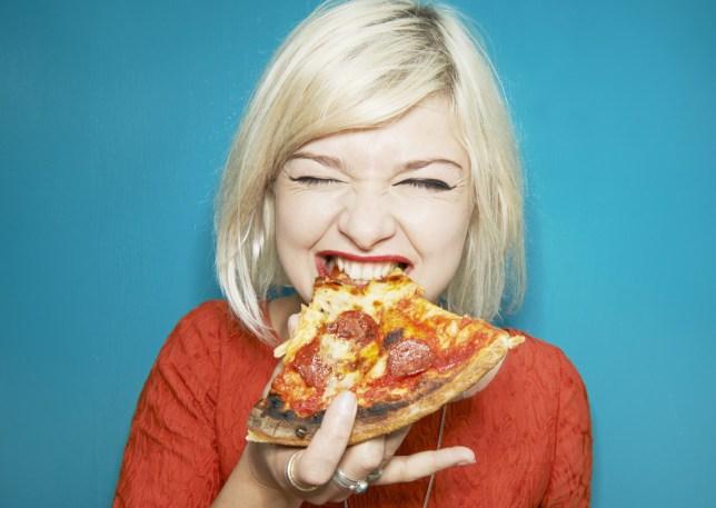 Resultado de imagen para eating pizza