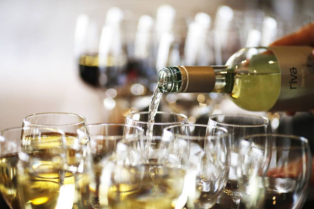 """File photo dated 16/04/15 of wine being poured as alcoholic drinks should have calorie counts on their packaging to help fight obesity, the Local Government Association (LGA) has said. PRESS ASSOCIATION Photo. Issue date: Saturday January 2, 2016. The lobby group, which represents local authorities, said its research showed the public was less aware of the """"hidden"""" calories in alcohol than they were about its potential to cause illness. See PA story HEALTH Alcohol. Photo credit should read: Paul Harding/PA Wire"""