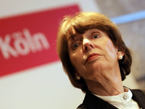 Mayor of Cologne says women should adopt 'code of conduct' to prevent sexual assault
