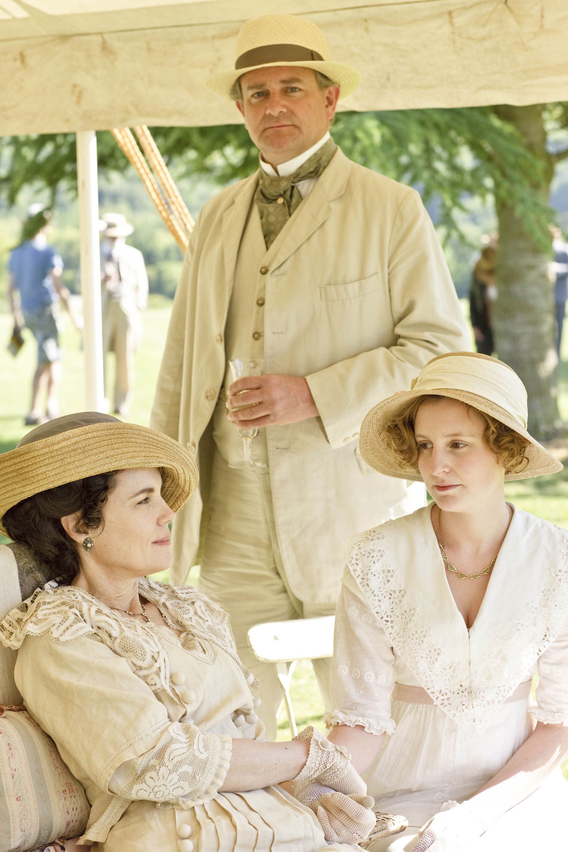 Julian Fellowes is 64.5% sure he'll be penning a Downton Abbey movie