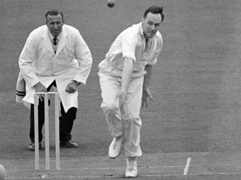 Jack Bannister: Former cricketer and commentator dies ages 85