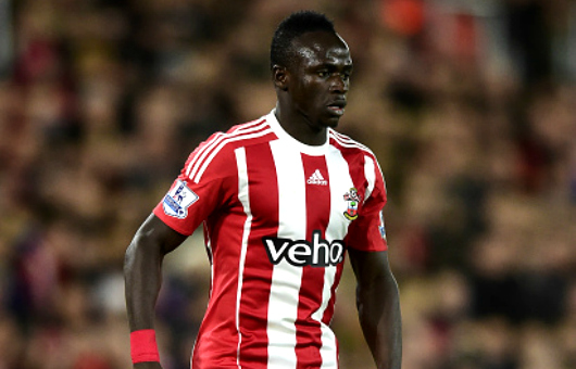 SOUTHAMPTON, ENGLAND - DECEMBER 05: Sadio Mane of Southampton in action during the Barclays Premier League match between Southampton and Aston Villa at St Mary's Stadium on December 5, 2015 in Southampton, England. (Photo by Alex Broadway/Getty Images)