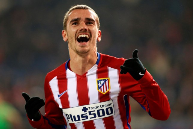 MADRID, SPAIN - JANUARY 14 : Antoine Griezmann of Atletico de Madrid celebrates after scoring a goal during the Copa del Rey Round of 16 second leg match between Club Atletico Madrid and Rayo Vallecano de Madrid at Vicente Claderon stadium on January 14, 2016 in Madrid, Spain. (Photo by Burak Akbulut/Anadolu Agency/Getty Images)
