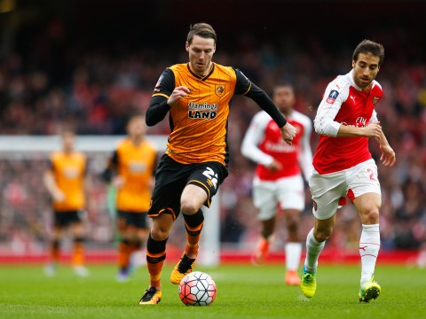 Hull City want to sign Arsenal's Isaac Hayden and Manchester United's Nick Powell on permanent deals