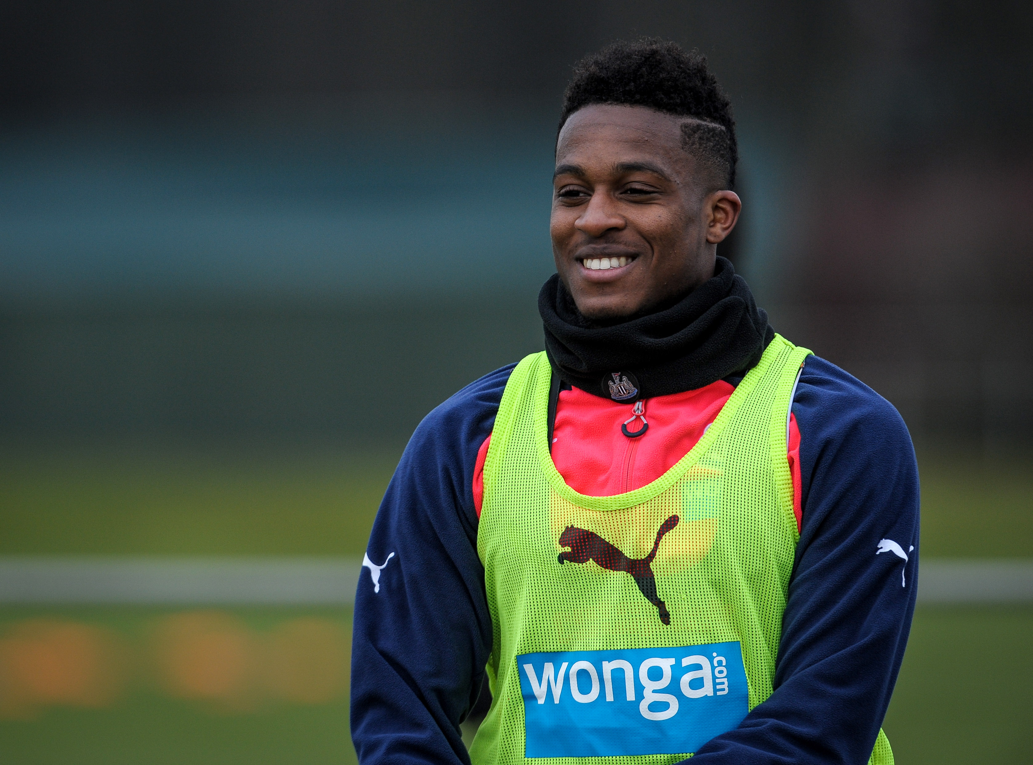 Rumour: Arsenal chasing free transfer of Newcastle's Rolando Aarons