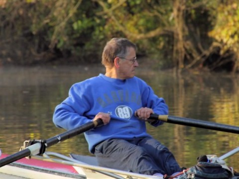 71-year-old man totally avoids the highway on his commute to work… by rowing