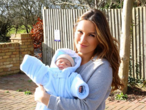 Sam Faiers has been nominated for Celeb mum of the year just 6 weeks after giving birth (she doesn't get it either)