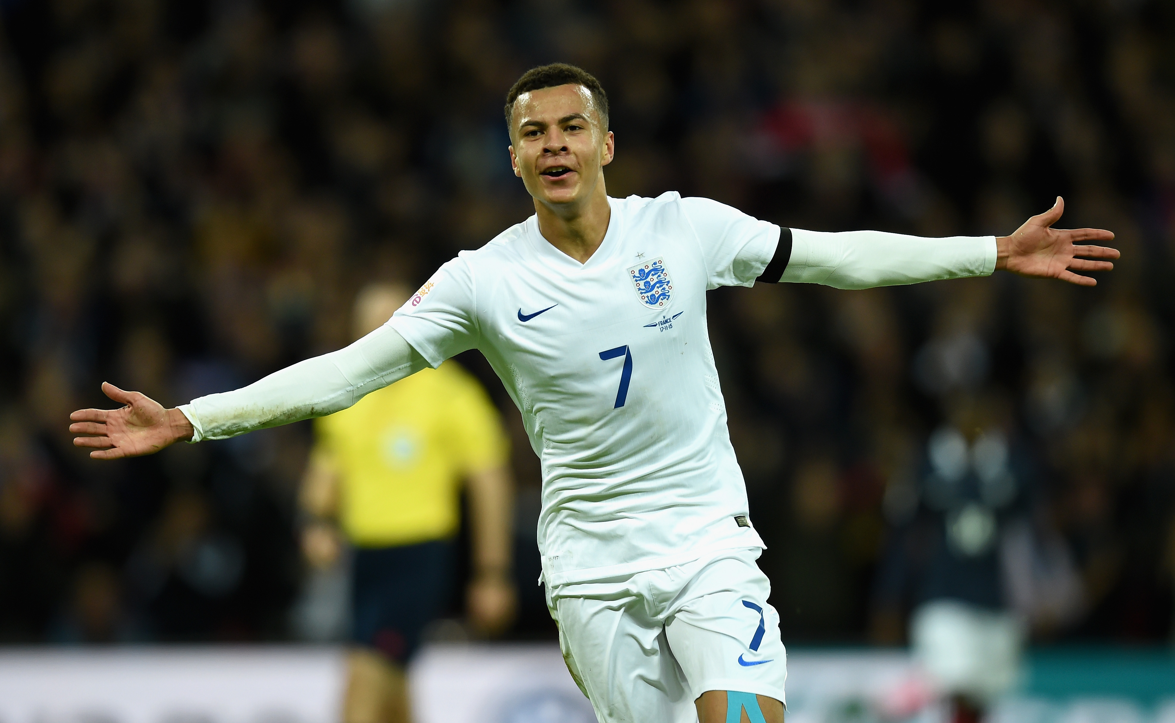 Paul Ince calls for calm over 'immature' England star Dele Alli