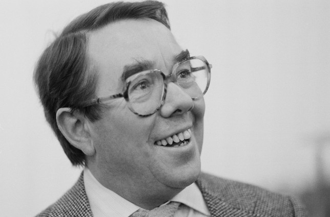 Scottish actor and comedian Ronnie Corbett posed in London on 6th December 1984. (Photo by United News/Popperfoto/Getty Images)