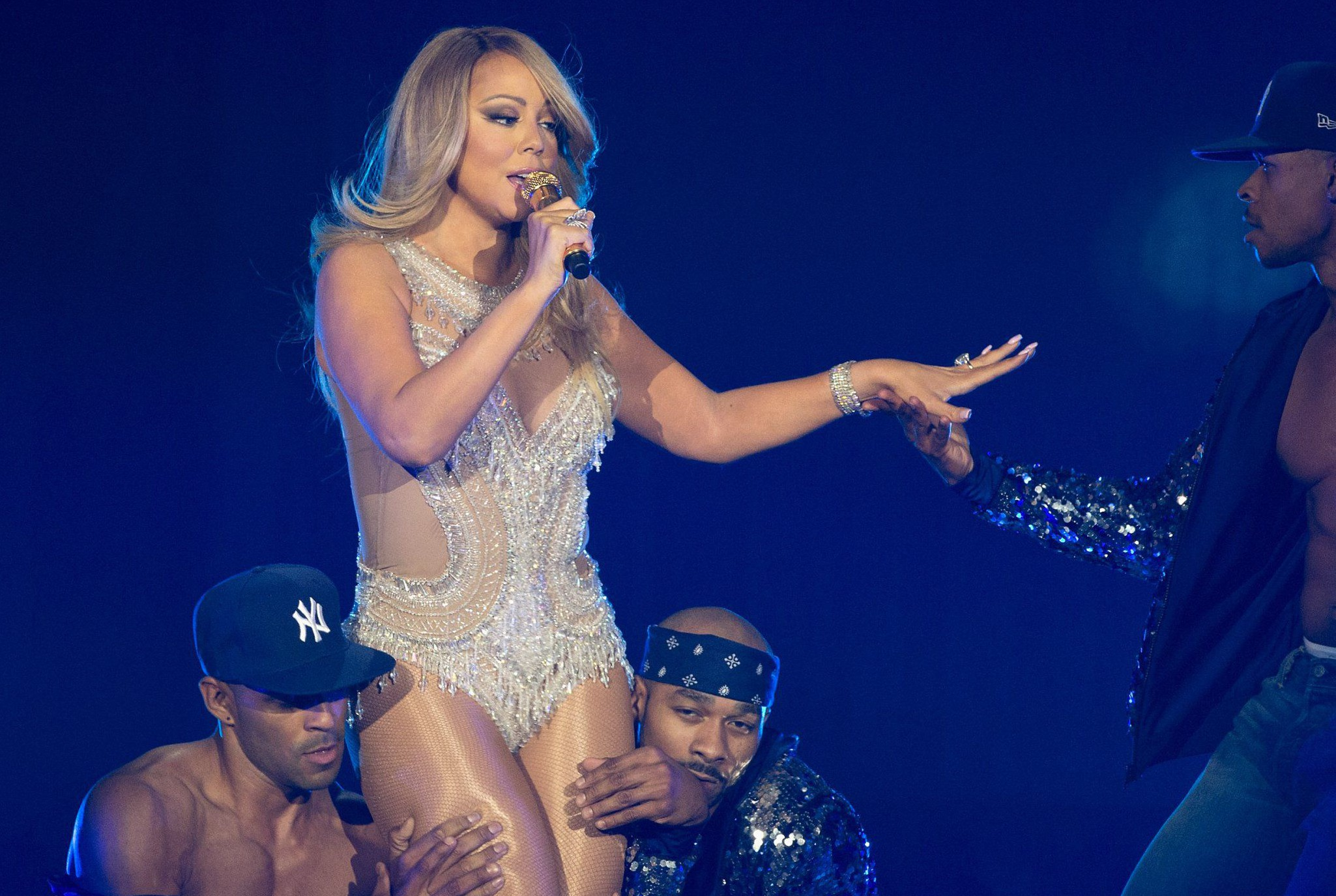Mariah Carey raced to her London gig by boat – and was still half an hour late