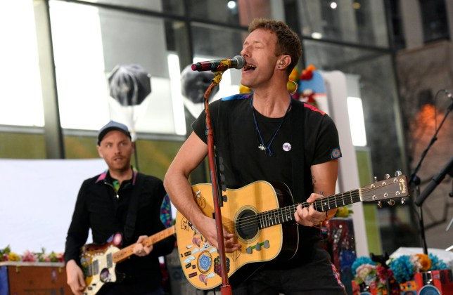 "TODAY -- Pictured: Chris Martin of Coldplay performs on the ""Today"" show on Monday, March 14, 2016 from Rockefeller Plaza in New York -- (Photo by: Peter Kramer/NBC/NBC NewsWire via Getty Images)"