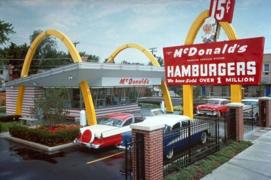 This 1950's handout photo received 13 April 2005, shows the first McDonald's in Des Plaines, Illinois. McDonald's is celebrating its 50th Anniversary this year on 15 April 2005. Ray Kroc's first McDonald's restaurant opened on 15 April, 1955 in Des Plaines, Illinois. Fifty years later, McDonald's serves nearly 50 million customers each day in more than 31,000 restaurants in 119 countries around the world. AFP PHOTO/MCDONALD'S CORPORATION (Photo credit should read HO/AFP/Getty Images) LJM04
