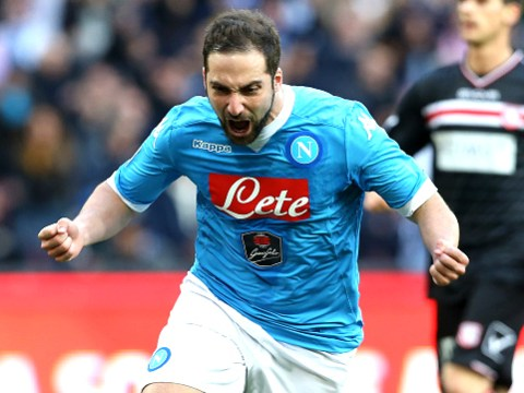 Rumour: Liverpool make transfer offer for Gonzalo Higuain