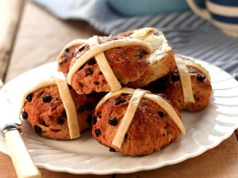 Vegan Easter cake recipes and ideas: Simnel cakes, bunny cookies and hot cross buns