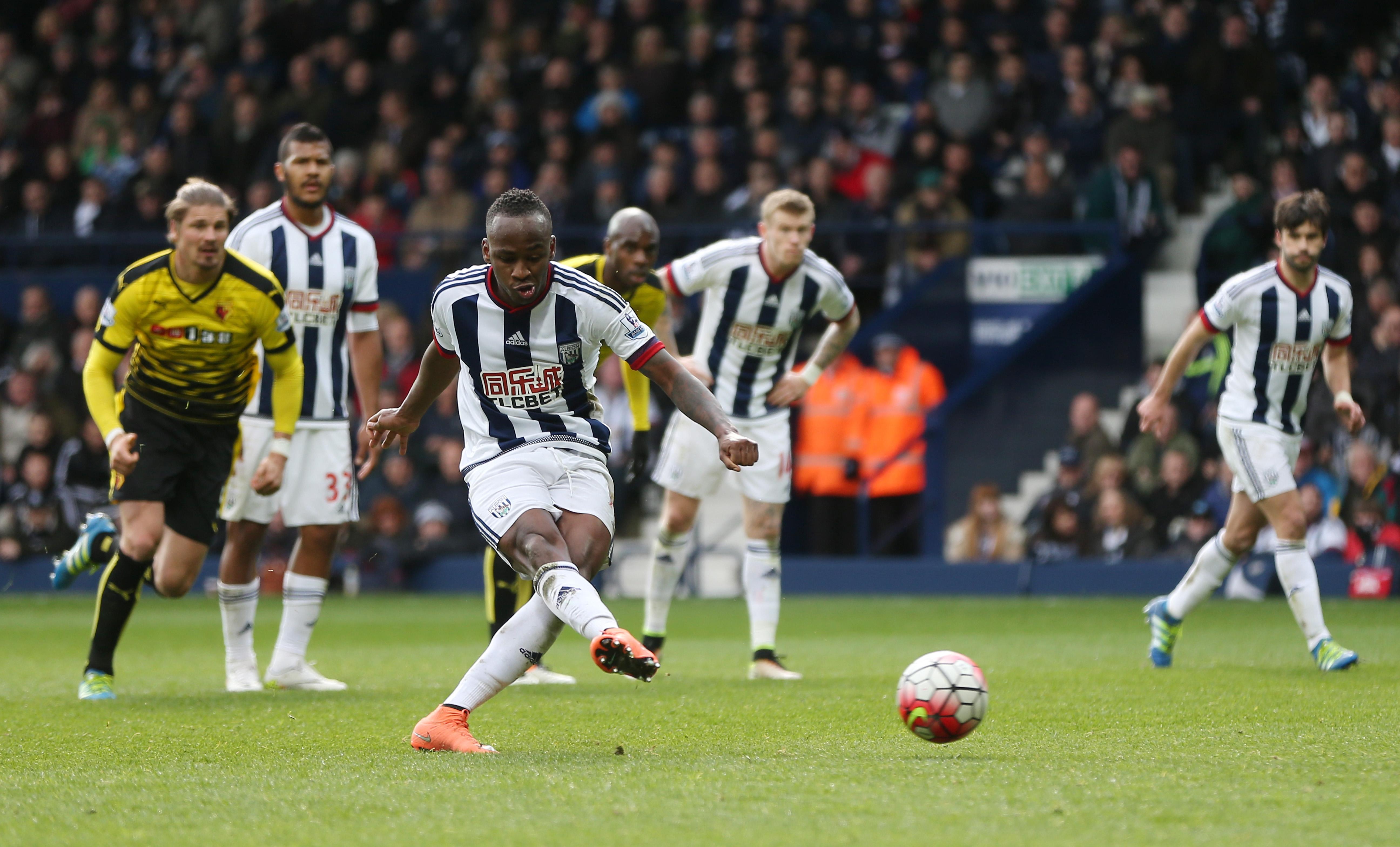 Tottenham Hotspur would lead race for Saido Berahino transfer, admits Stoke boss Mark Hughes