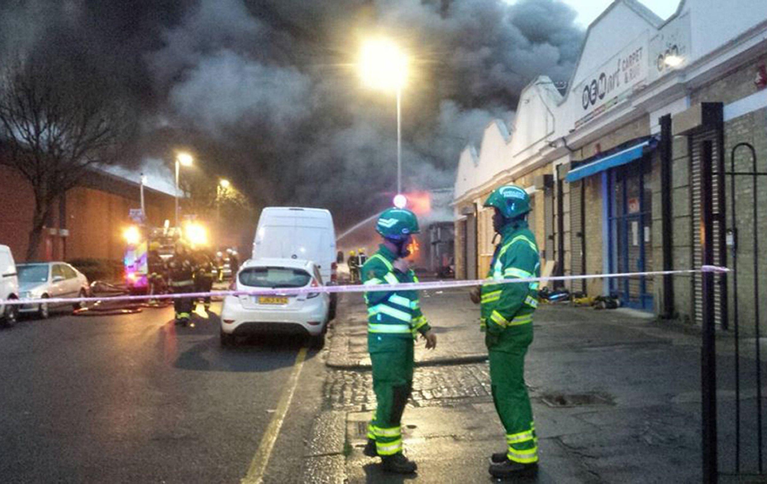 Huge fire engulfs industrial bakery in Tottenham