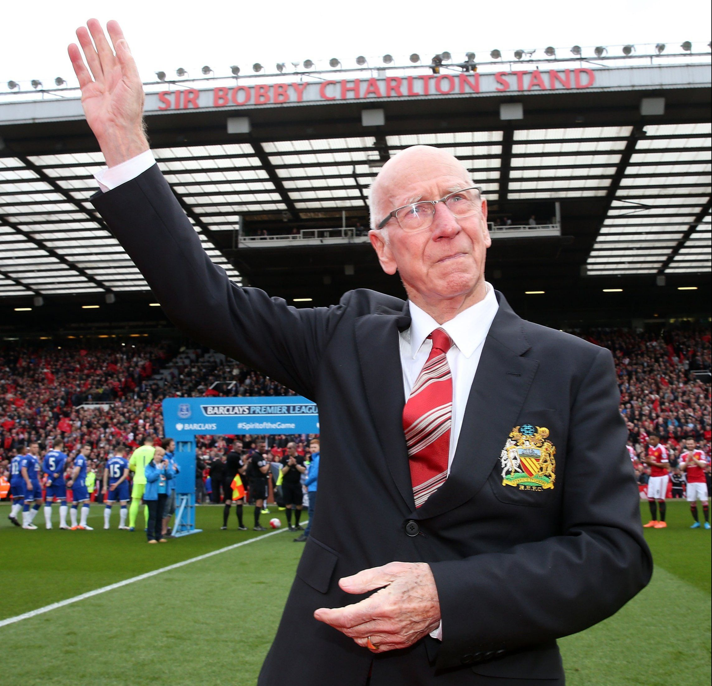 MANCHESTER, ENGLAND - APRIL 03: Sir Bobby Charlton of Manchester United attends the unveiling of a stand renamed in his honour ahead of the Barclays Premier League match between Manchester United and Everton at Old Trafford on April 3, 2016 in Manchester, England. (Photo by Matthew Peters/Man Utd via Getty Images)