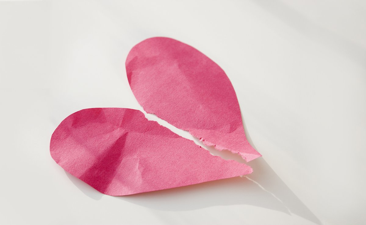 Here is what happens to your body when your heart gets broken