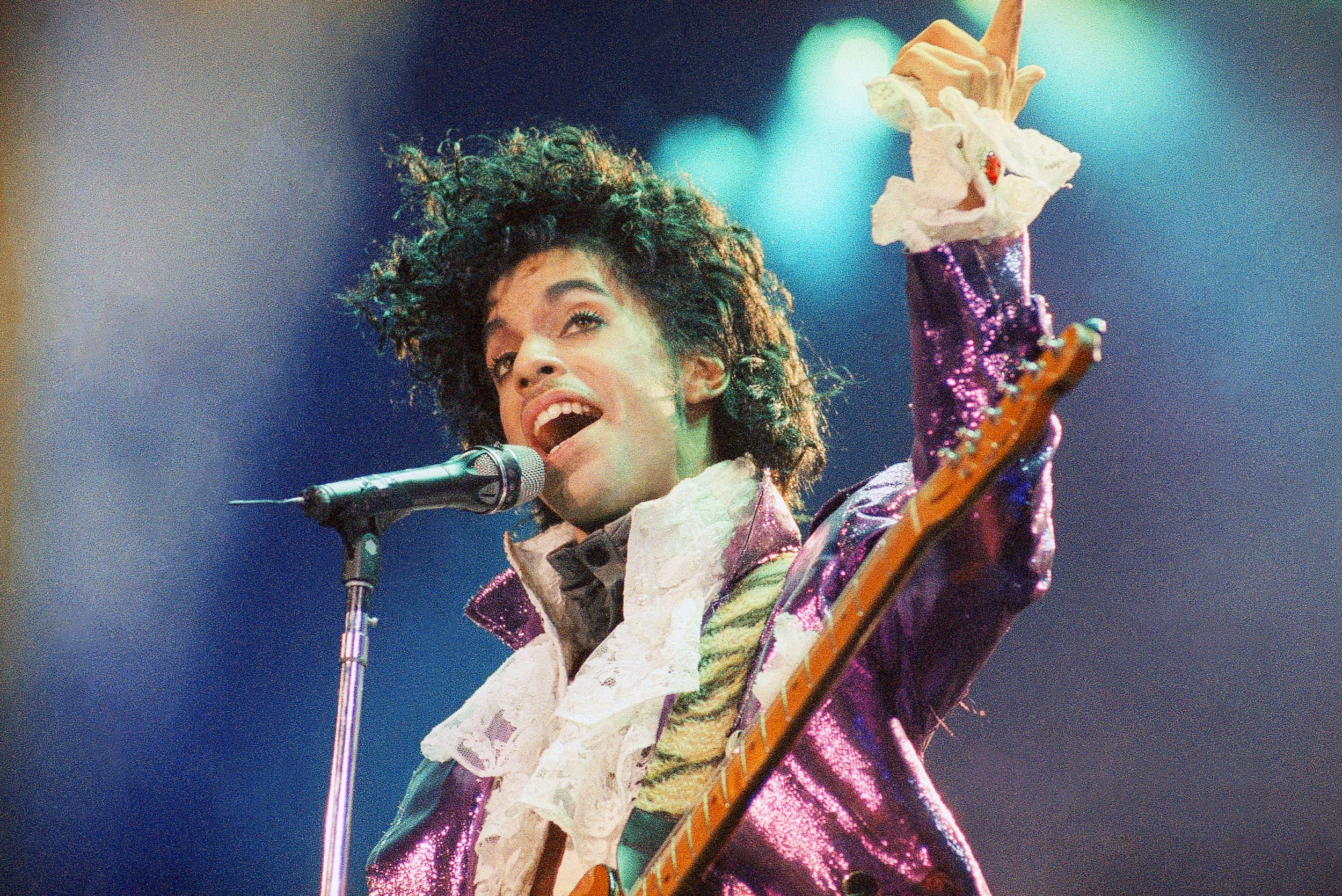Every album in the top five of the midweek top 40 is by Prince