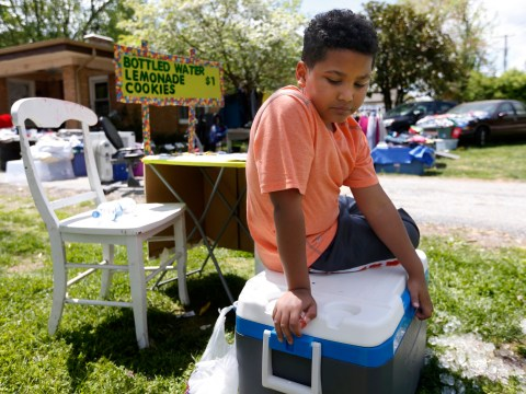 9-year-old boy opens lemonade stand to pay for his own adoption