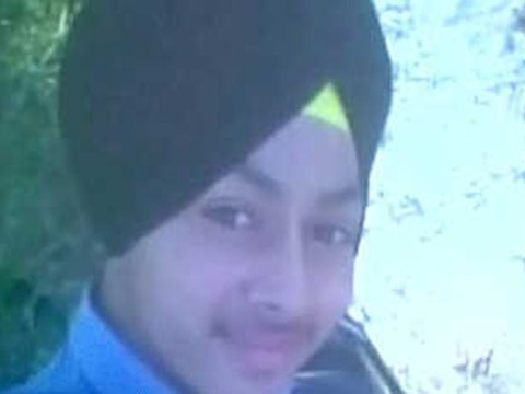 Teenager shoots himself in the head while taking 'gun selfie'
