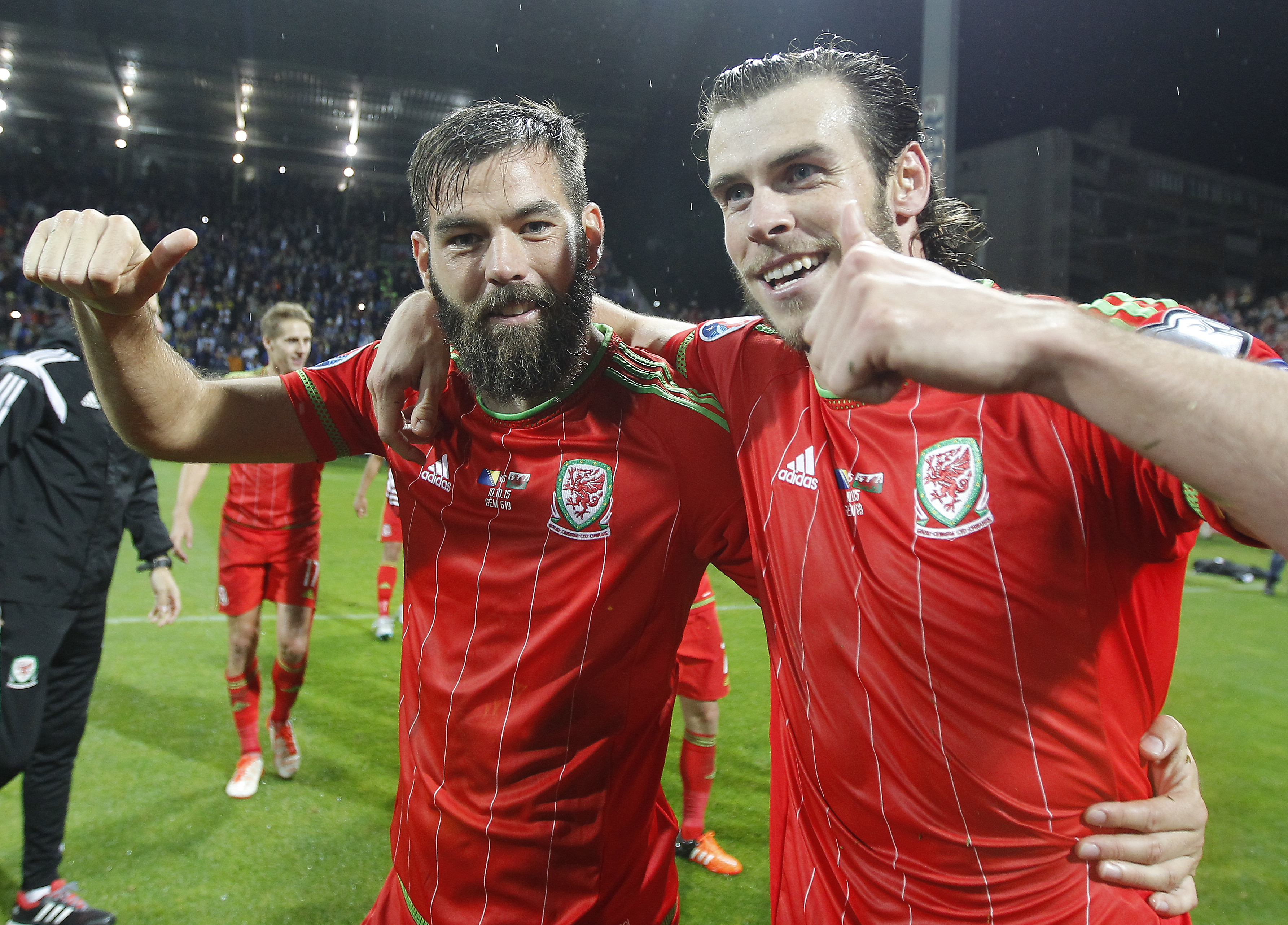 Wales fear Crystal Palace star Joe Ledley could miss Euro 2016 with fractured leg