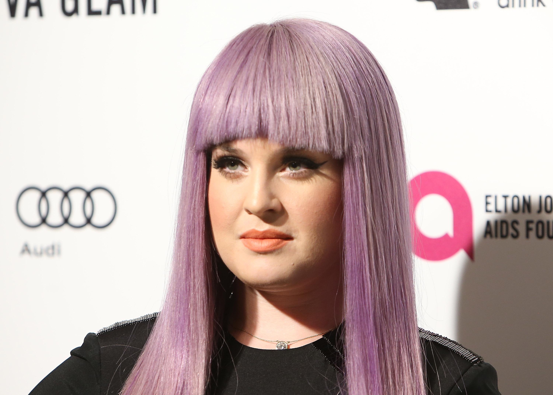Kelly Osbourne slammed for tweeting the number of Ozzy's mistress