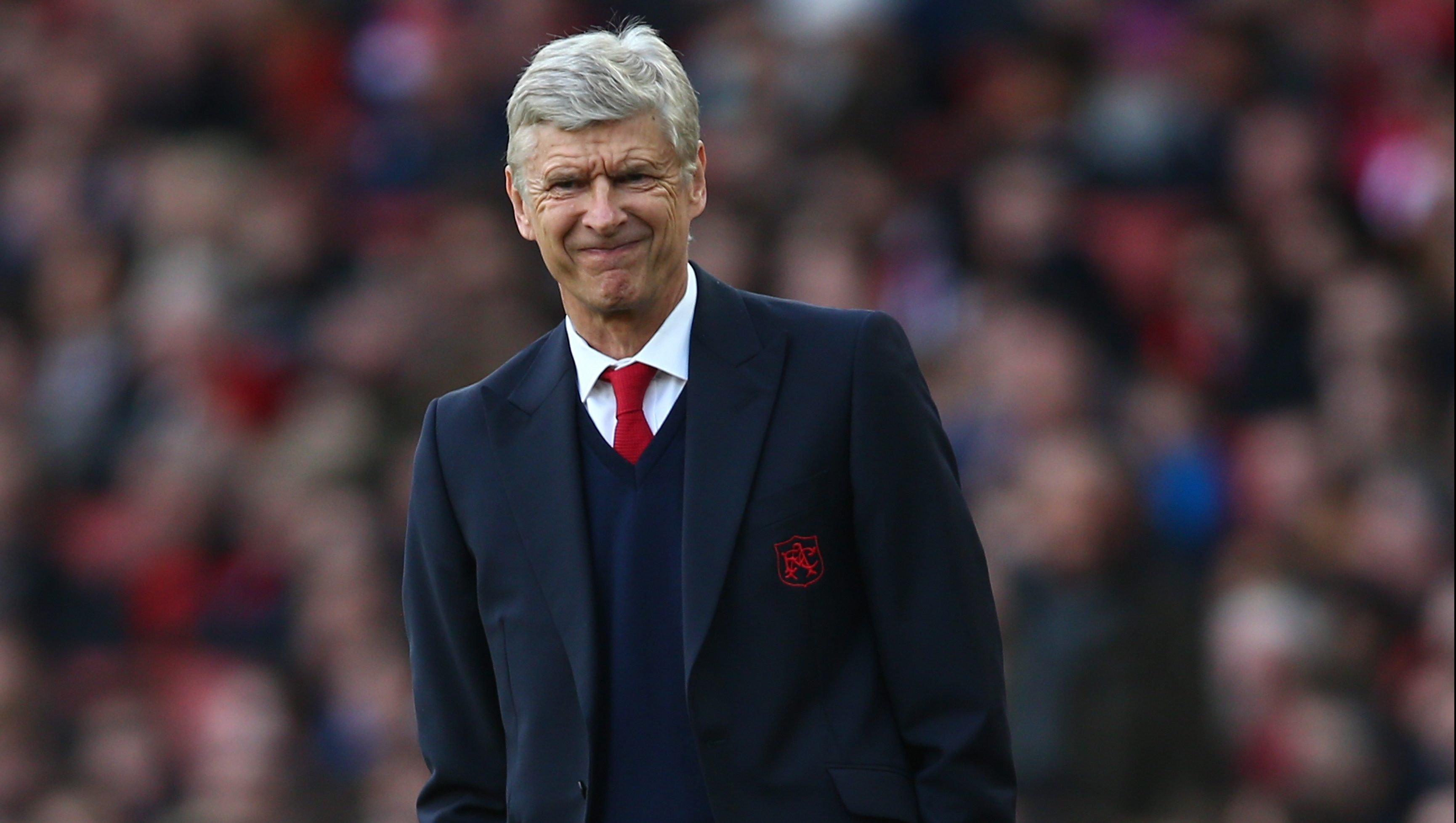 LONDON, ENGLAND - APRIL 30: Arsene Wenger Manager of Arsenal looks on during the Barclays Premier League match between Arsenal and Norwich City at The Emirates Stadium on April 30, 2016 in London, England (Photo by Paul Gilham/Getty Images)