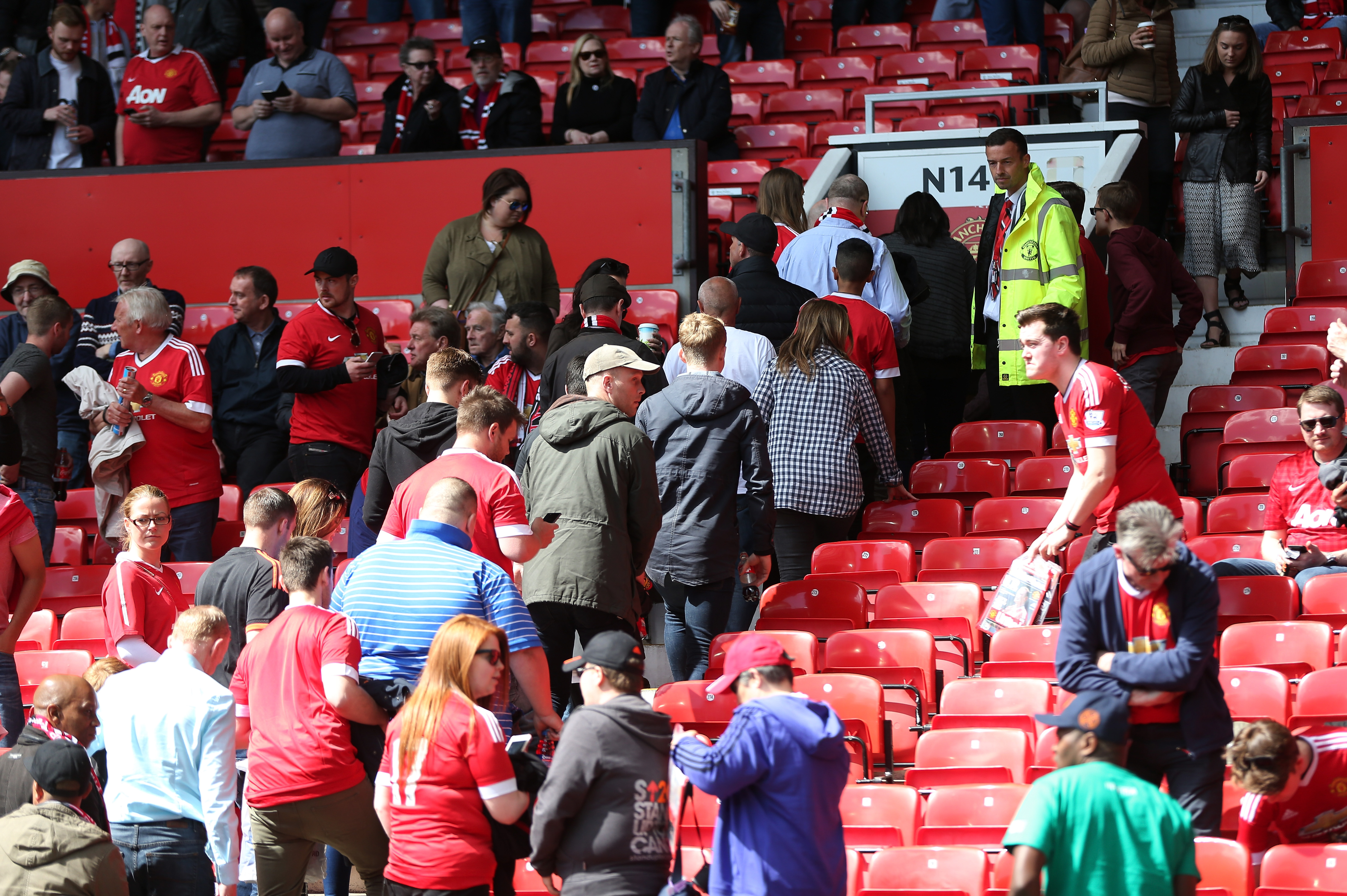 Manchester United v Bournemouth abandoned as Old Trafford is evacuated