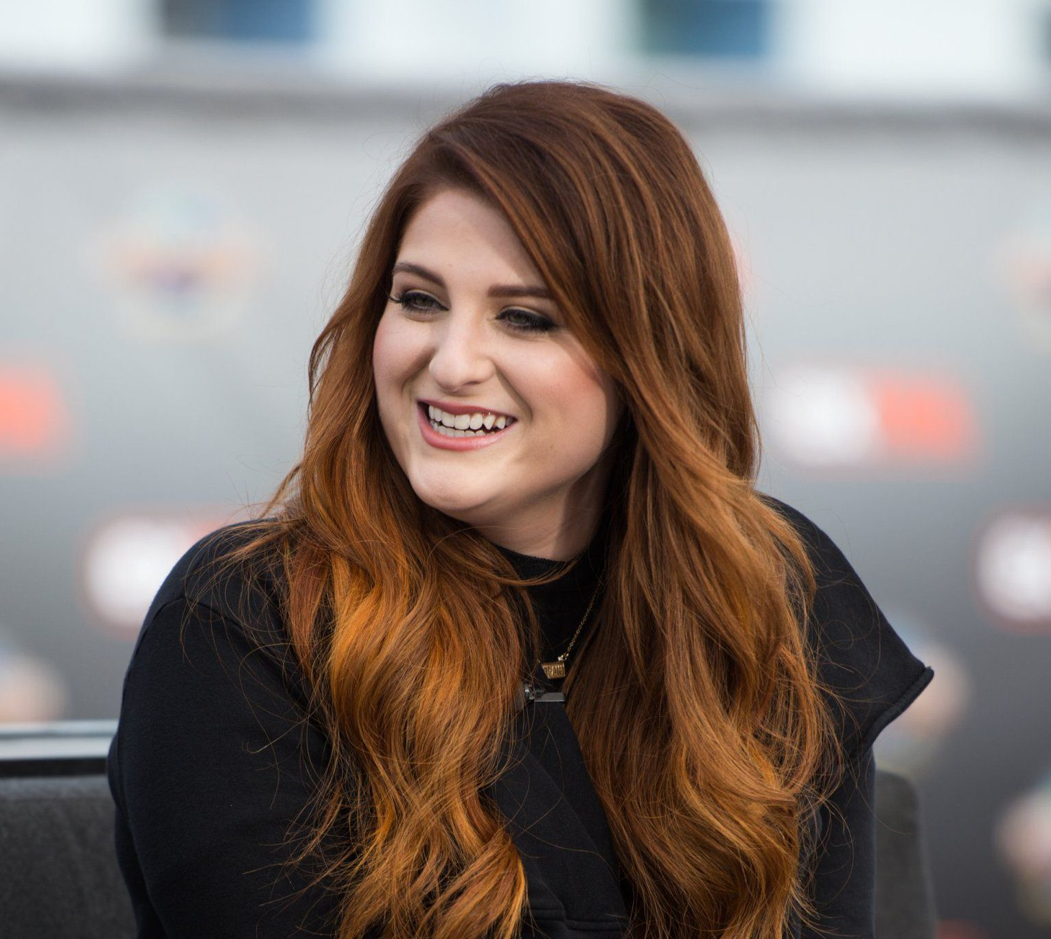 Meghan Trainor pulls music video Me Too because her waist was Photoshopped