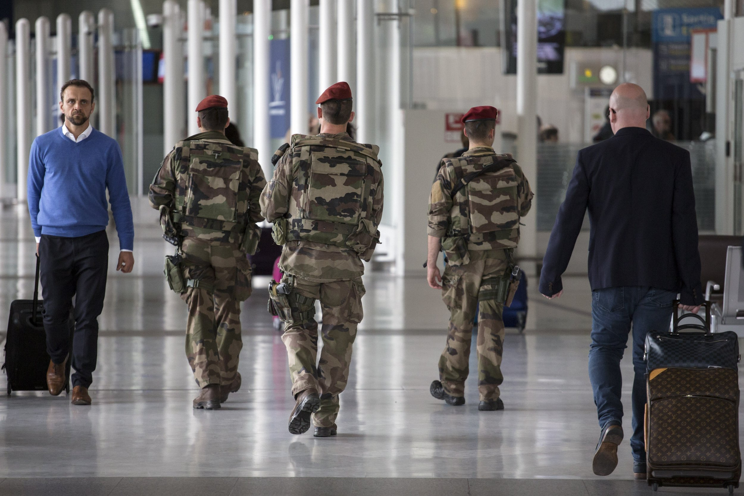 EgyptAir crash: What security is like at airport where flight took off