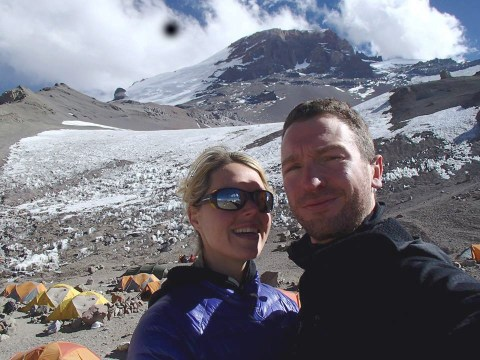 Woman, 34, dies close to Mount Everest summit