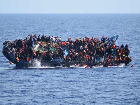 At least 880 migrants died crossing the Mediterranean last week