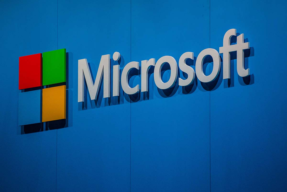 A woman sued Microsoft over an unwanted upgrade and won £7,500