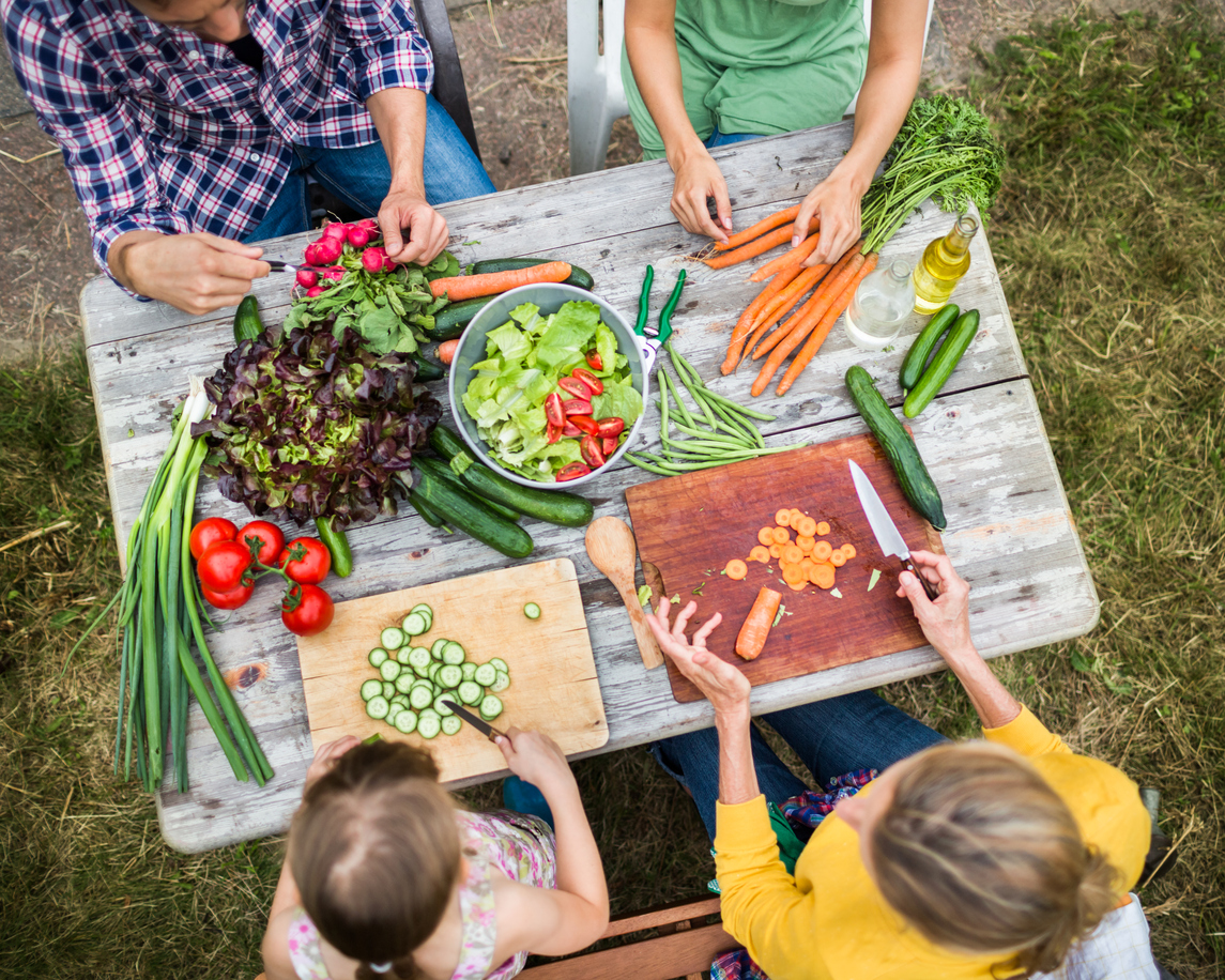 10 ways to feed your family on a tiny budget