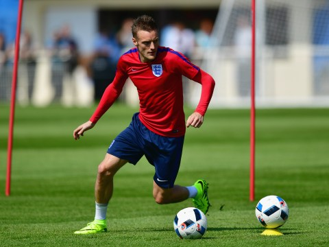 Jamie Vardy should complete transfer to Arsenal from Leicester City, says Robbie Savage