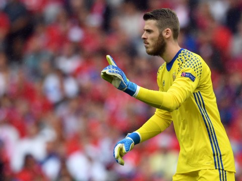 Manchester United goalkeeper David de Gea breaks Gordon Banks' 50-year record with clean sheet for Spain against Turkey