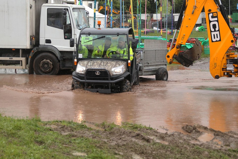 PIC: JASON BRYANT/APEX 20/06/2016 Don't forget your wellies! With only a couple of days to go, Glastonbury Festival goers could be in for a muddy time if the current state of the site is anything to go by. Downpours on Friday and Sunday have left parts of the world famous site in Somerset covered in water. And Met Office forecasters predict it could be bad news too with deluges expected on Saturday. With more than 180,000 people packed into just a few green fields even a short sharp shower is often enough to mean the tramping wellies turn the entire place into a muddy mess so the prospect of heavy rain on the Saturday will mean wellies are an absolute essential. ** SEE STORY BY APEX NEWS - 01392 823144 ** ---------------------------------------------------- APEX NEWS AND PICTURES NEWS DESK: 01392 823144 PICTURE DESK: 01392 823145