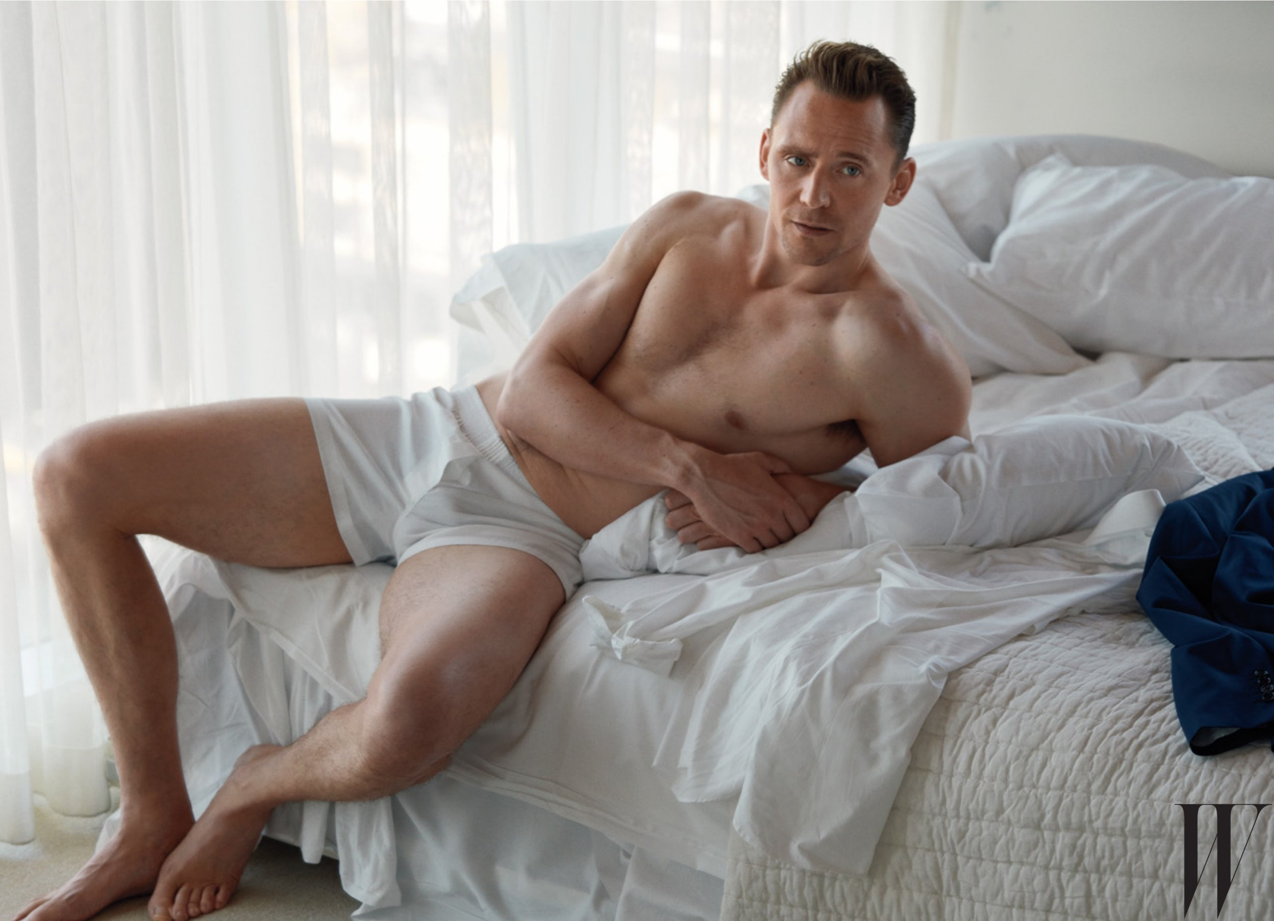 Tom Hiddleston to take over from Calvin Harris as the next Armani model?