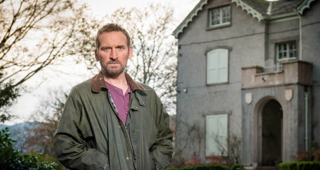 ELEVENTH HOUR FILMS PRESENT SAFE HOUSE EPISODE 1 Pictured: CHRISTOPHER ECCLESTON as Robert. PHOTOGRAPHERS: BEN BLACKALL AND JOHN ROGERS. This image is the copyright of ITV and must only be used in relation to SAFE HOUSE. The images are for one use only, any further use must be checked with the ITV Picture Desk.