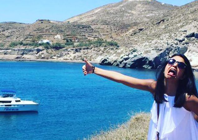 Woman creates brilliant lonely honeymoon photos after her husband was denied a visa