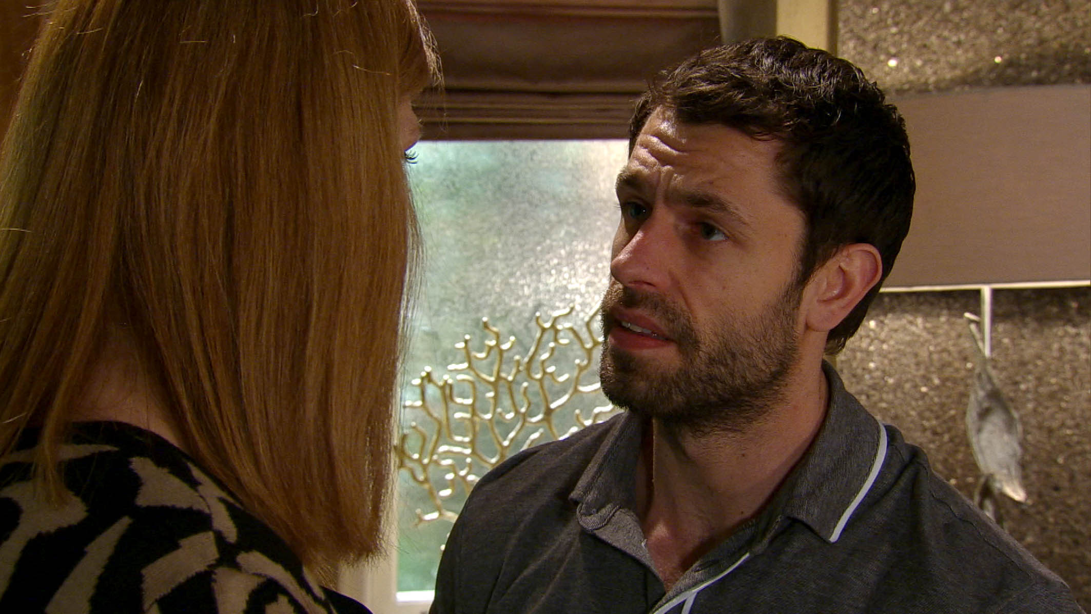 FROM ITV STRICT EMBARGO - No Use Before Tuesday 7 June 2016 Emmerdale - Ep 7527 Monday 13 June 2016 Bernice White [SAMANTHA GILES] tells Andy Sugden [KELVIN FLETCHER] about Lawrence being gay and how he had a relationship with Ronnie. She leans in for a kiss but will Andy return it? Picture contact: david.crook@itv.com on 0161 952 6214 This photograph is (C) ITV Plc and can only be reproduced for editorial purposes directly in connection with the programme or event mentioned above, or ITV plc. Once made available by ITV plc Picture Desk, this photograph can be reproduced once only up until the transmission [TX] date and no reproduction fee will be charged. Any subsequent usage may incur a fee. This photograph must not be manipulated [excluding basic cropping] in a manner which alters the visual appearance of the person photographed deemed detrimental or inappropriate by ITV plc Picture Desk. This photograph must not be syndicated to any other company, publication or website, or permanently archived, without the express written permission of ITV Plc Picture Desk. Full Terms and conditions are available on the website www.itvpictures.com