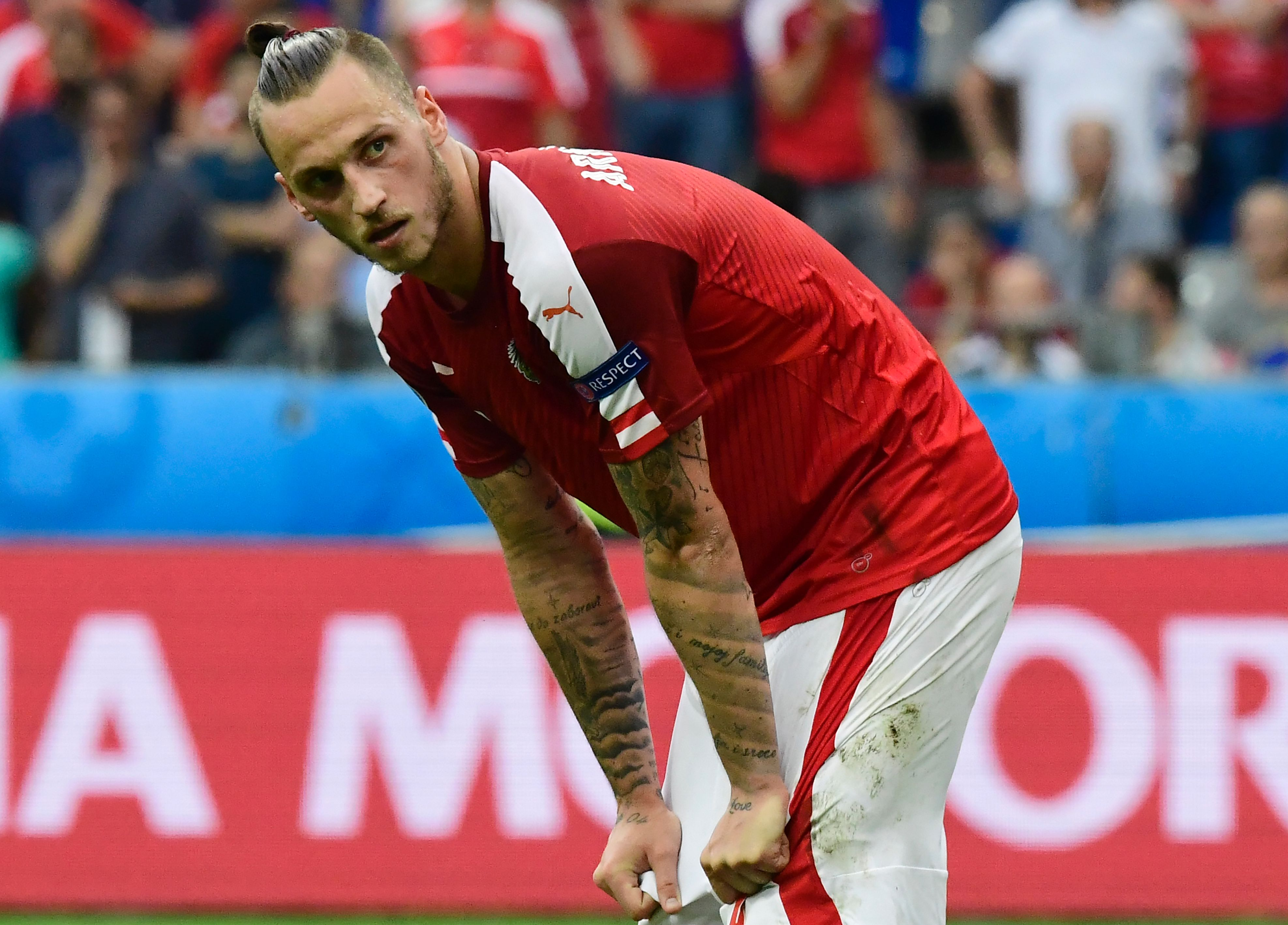 Everton weighing up move for Stoke forward Marko Arnautovic