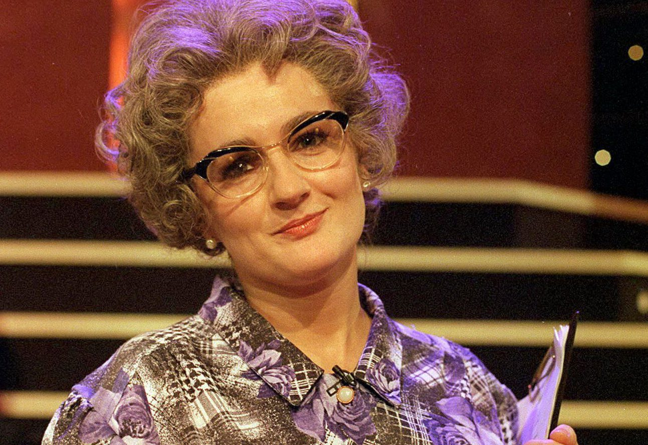 No Merchandising. Editorial Use Only Mandatory Credit: Photo by ITV/REX/Shutterstock (700403ii) Caroline Aherne, TV Presenter 'The Mrs Merton Show', Las Vegas - 1990's ITV ARCHIVE